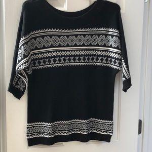 3/4 sleeve sweater NY & Co.  Small